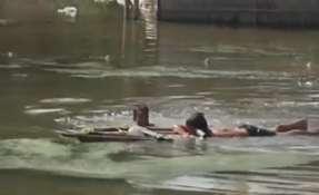 Las viviendas estaban rodeadas de agua tras el desbordamiento de los ríos. Foto: Captura