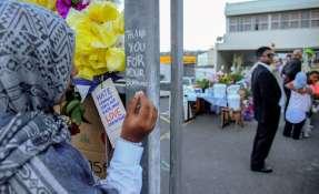 Familiares permanecieron en una angustiosa espera de cinco días. Foto: AFP