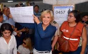 Estos son los aspirantes a la alcaldía de la urbe porteña quienes votaron en esta mañana. Foto: API