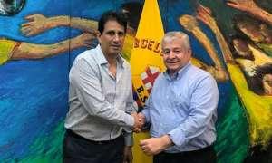 José Francisco Cevallos, presidente de BSC, junto a Roberto Rodríguez, dirigente LDUP.