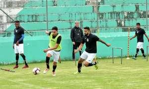 Deportivo Cuenca en un amistoso con su Reserva.