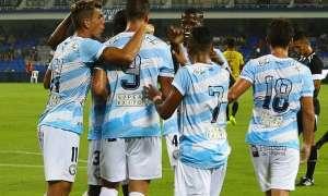 Jugadores de Guayaquil City, celebrando un gol.