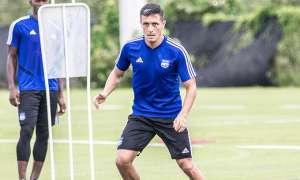 Marcos Mondaini, jugador de Emelec en una práctica del club