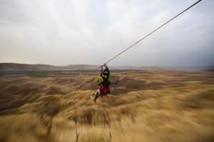 Canopy -Zipline: Máncora es un destino idóneo para la práctica de Canopy, dos horas de adrenalina pura, bajo la guía de experimentados profesionales pueden hacer de esta una experiencia única // Mancora