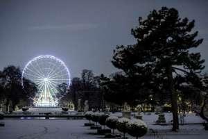 Fuerte nevada paraliza a París / Fotos: AFP