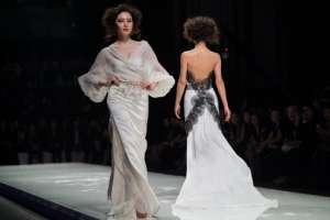 Creación de la diseñadora Grace Chen durante la Semana de la Moda de China en Beijing, el 26 de marzo de 2018. Foto: AFP