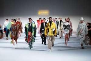 El show del Premio Hempel durante la Semana de la Moda de China en Beijing, el 25 de marzo de 2018. Foto: AFP