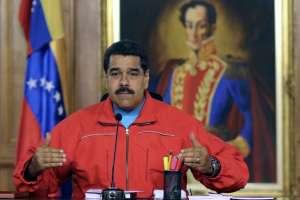 El mandatario compareció inmediatamente después de que se conociera victoria opositora. Foto: AFP