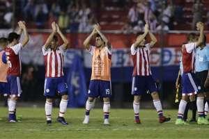 Paraguay sigue en pelea por clasificar al mundial Rusia 2018. Foto: AP