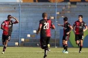 El plantel peruano de Melgar se encuentra en Guayaquil para jugar con Emelec en el Capwell.