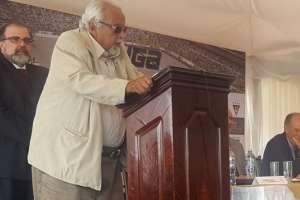 El presidente vitalicio de Liga de Quito se quejó por la falta de sanción a Alfaro Moreno. Foto: Archivo