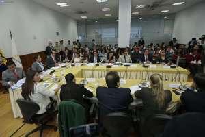 Un total de 38 preguntas respondió el Fiscal Baca Mancheno a los asambleístas sobre el Caso Odebrecht. Foto: API