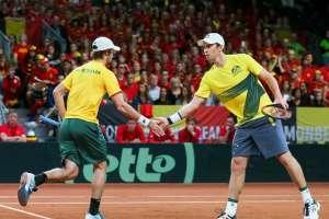Jordan Thompson y John Peers ganaron el cotejo de dobles y tienen a Australia a un punto de ir a la final.