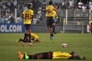 El elenco 'torero' venció por 1-0 al conjunto brasileño en el estadio Vila Belmiro. Foto: AFP
