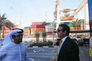 El ministro de Comercio Exterior dialogó con directivos de la empresa DP World. Foto: Ministerio Comercio Exterior