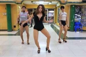 Los presentadores de En Contacto mostraron en redes sociales su destreza en el hip hop. Foto: Captura Video-Instagram.