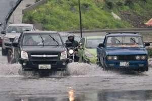 Se reportan avenidas colapsadas y el tránsito se ha congestionado en algunos puntos de la ciudad. Foto: API