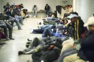 El grupo estaba integrado por 67 adultos y 36 menores de edad. Foto: Referencial