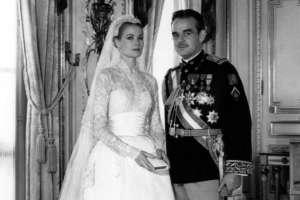 El amor entre Rainiero y su princesa hollywoodiense fue una bendición para la prensa rosa. Foto: AFP