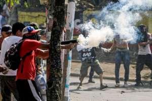 Un periodista del Caribe de Nicaragua murió este sábado de un disparo mientras filmaba un enfrentamiento. Foto: AFP