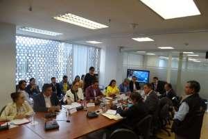 Debido a nuevos cambios planteados por Gobierno, se postergó aprobación de informe. Foto: @DesarrolloEcAN