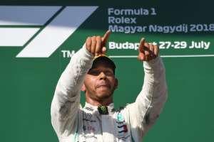 El piloto británico mantuvo la primera posición durante toda la carrera. Foto: ATTILA KISBENEDEK / AFP