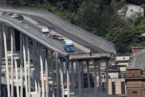 En Génova, la vida se paraliza tras el derrumbe del puente. Foto: AFP