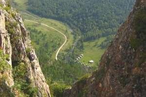 Cueva denisova en Siberia: la escena de un antiguo encuentro.