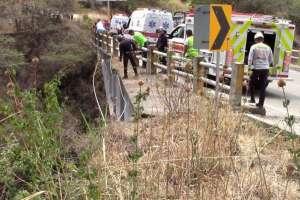 Confirman que padre lanzó a su hija de un puente en Azuay.