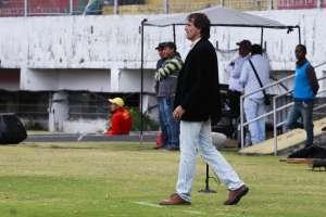 GUAYAQUIL, Ecuador.- El estratega uruguayo de Barcelona aclara el hecho en rueda de prensa. Foto: API