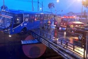 Una persona resultó herida debido a esta emergencia. Foto: Bomberos Quito