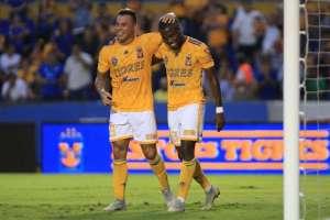 Enner Valencia anotó el 2-0 del Tigres sobre Puebla.