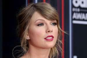 Taylor Swift pidió el voto para los demócratas Phil Bredesen (Senado) y Jim Cooper (Cámara de Representantes) en Tennessee.