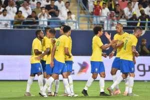 La 'canarinha' venció 2-0 al conjunto asiático en Riad. Foto: FAYEZ NURELDINE / AFP