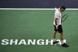 SHANGHAI, China.- Con esta derrota, el tenista suizo se despidió del Masters 1000 de Shanghai. Foto: AFP