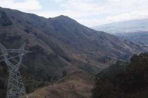 COTOPAXI, Ecuador.- Los dueños de las tierras de cuatro comunidades indígenas piden entre 4 y 6 mil dólares. Foto: Paúl Romero
