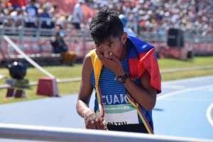 El atleta nacional obtuvo la presea en los 5.000 metros marcha. Foto: Tomada de @ASotomayorEcu