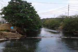 Habitantes de la urbanización Puerto Azul y ecologistas cuestionan remediación de CELEC. Foto: Twitter