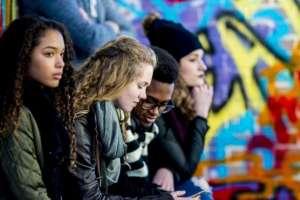 La pubertad temprana en las niñas también está relacionada con una mayor probabilidad de problemas de salud mental.