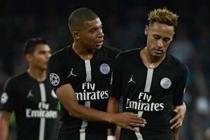 Mbappé y Neymar juegan desde el 2017 en el PSG. Foto: AFP
