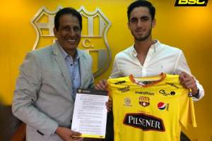 El joven delantero es nuevo refuerzo del equipo 'amarillo'. Foto: Tomada de @barcelonaSC