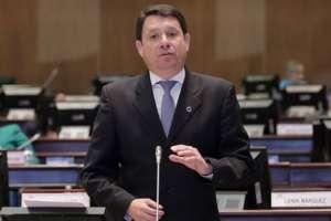Albornoz lideró las críticas a la Proforma