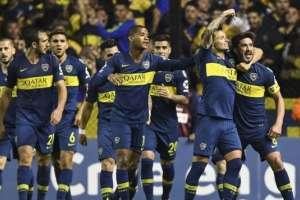 En el partido de ida, Boca Juniors saltó a la cancha con tres delanteros. Foto: AFP
