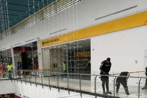 3 detenidos por robo en agencia bancaria en Manta. Foto: Twitter