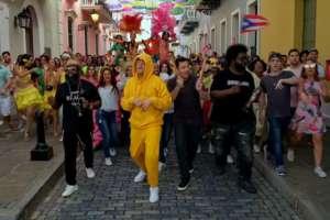 Bad Bunny y Jimmy Fallon alborotaron Puerto Rico. Foto: Redes