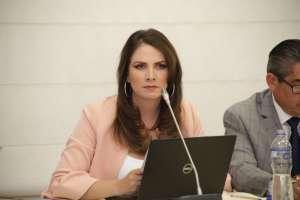 QUITO, Ecuador.- La legisladora pidió perdón a su esposo por este proceso de fiscalización. Foto: Asamblea Nacional