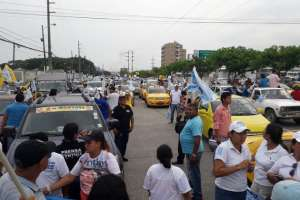 ECUADOR.- En Quito y Guayaquil, los aspirantes a dignidades seccionales recorrieron las calles. Foto: Twitter