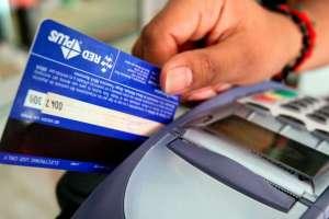 Devolverán intereses por consumo con tarjetas de crédito. Foto: Archivo - Referencial