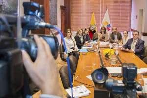 QUITO, Ecuador.- Contraloría notificó a la presidenta de la Asamblea sobre irregularidades del legislador. Foto: Archivo