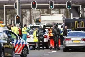 Un muerto y más de 9 heridos tras atentado en Holanda. Foto: Twitter
